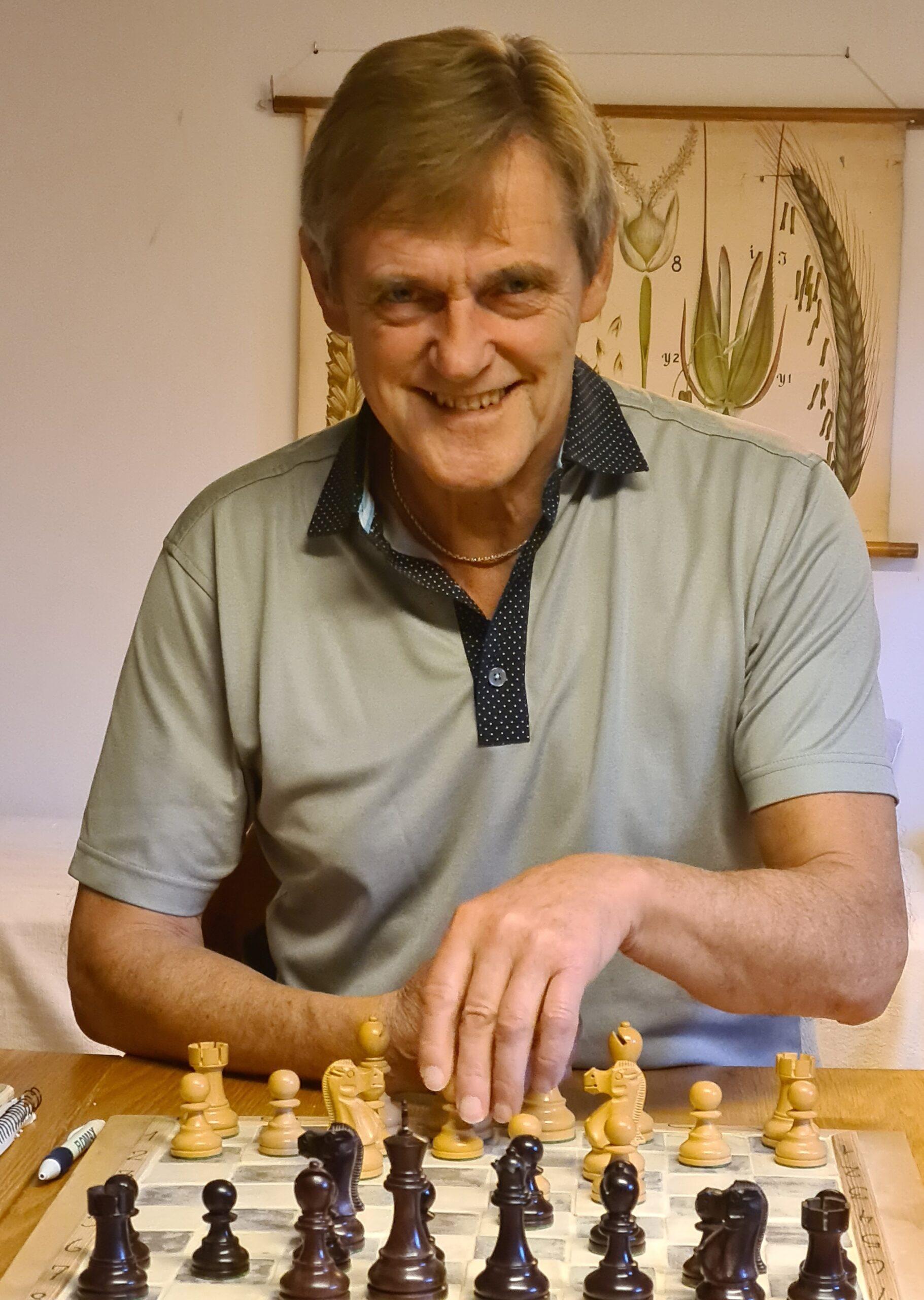 Hans E. Jacobsen